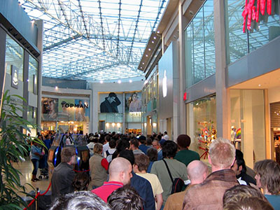 Is Black Friday Shopping Interfering With Thanksgiving Celebrations?