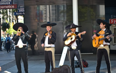 WJ Seniors Hire Mariachi Band to Follow Ms. Baker All Day