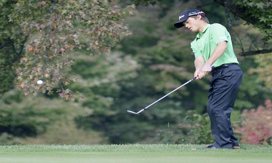 WJ golf looks to seniors to carry team