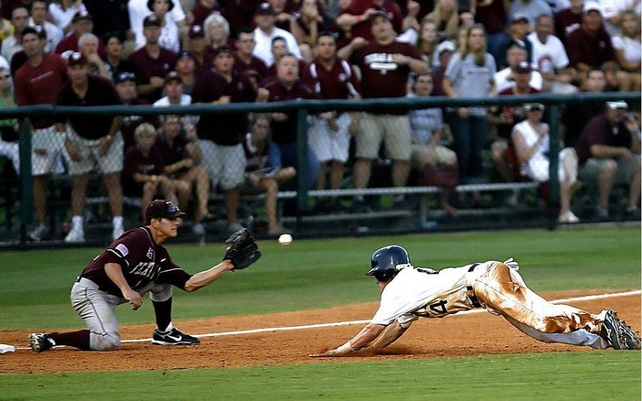 Diving+Into+Third+Third+Base+Play+At+Third+Baseball