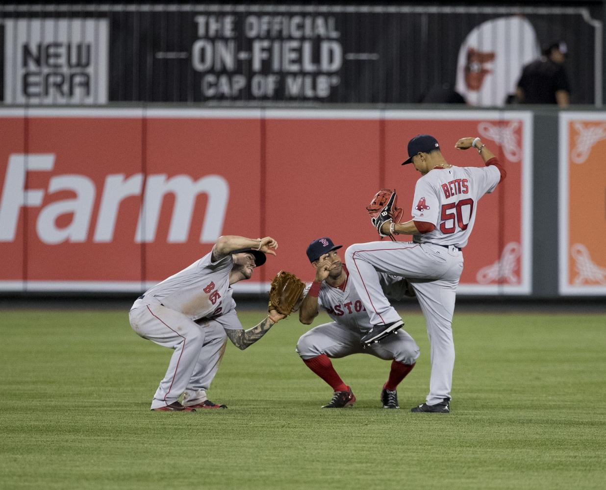 Boston Red Sox put a technological twist on stealing signs