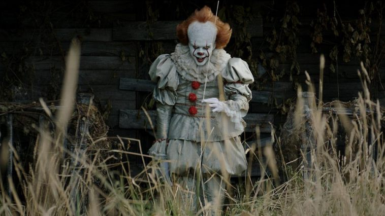 """It"" smashes box office records"