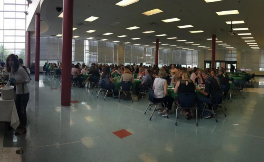 WJ+welcomes+new+teachers+from+various+backgrounds