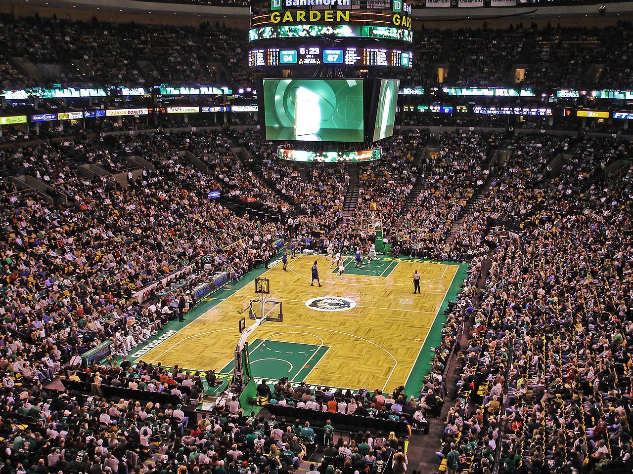 Boston Celtics forward Gordon Hayward suffers gruesome leg injury