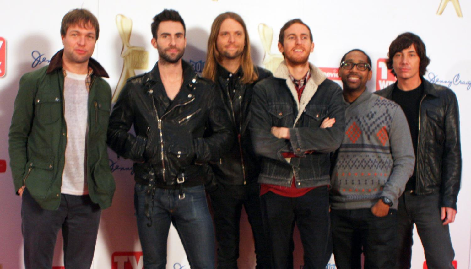 "Maroon 5's new album ""Red Pill Blues"" was worth the ""Wait"""