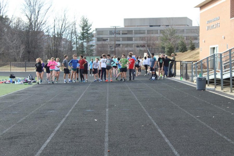 Indoor+track+practices+for+their+upcoming+meet.+The+team+has+been+very+successful+so+far+this+season.
