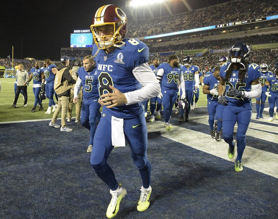 Redskins+quarterback+Kirk+Cousins+%288%29+jogs+on+the+field+during+the+2016-17+Pro+Bowl.+This+was+his+first+Pro+Bowl+in+his+career%2C+representing+the+Redskins.+Courtesy+of+Wikimedia+Commons.