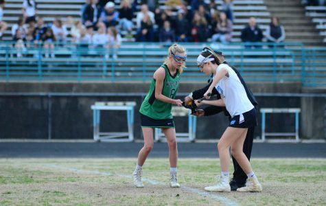 Girls lacrosse gets off to a hot start