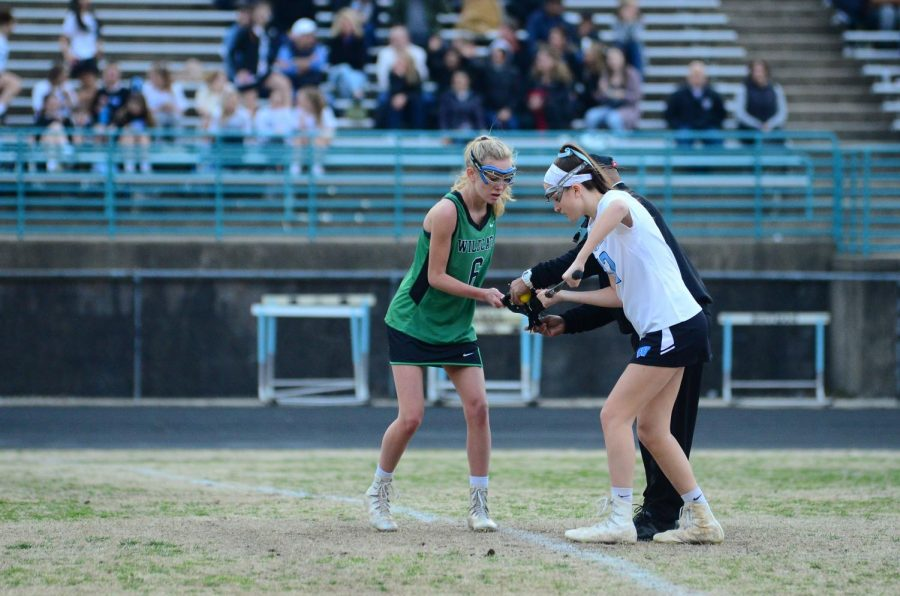 Junior+Claire+Mallory+in+action+against+Whitman.+WJ+lost+that+game+however%2C+12-7.+Photo+courtesy+of+Lifetouch+Studios.