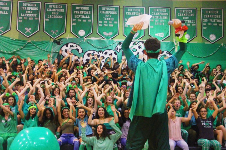 SGA+President+Corey+Criss+hypes+up+the+senior+section+at+the+pep+rally.+Photo+courtesy+of+Ryan+Walker.