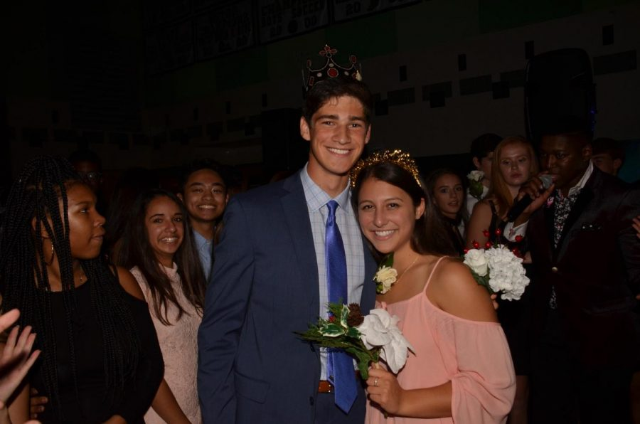 Homecoming+courts+from+2017-18+%28Jake+Steinberg+Haley+Karr%29+and+2016-17+%28Michael+Blakeslee+and+Jane+Markey%29+years+previous+have+always+been+heterosexual+couples.+Leadership+hopes+to+give+this+opportunity+to+any+couple+regardless+of+gender+this+year.
