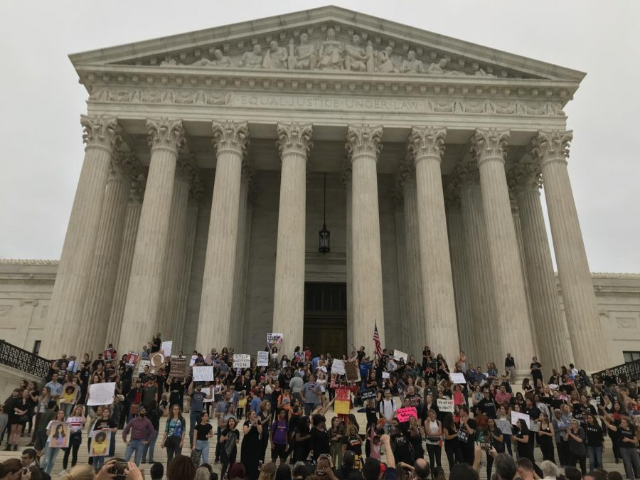 Protesters object to Kavanaugh confirmation outside Supreme Court