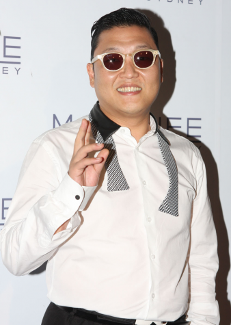 One hit wonder, Psy at one of his very few red carpet events. Psy is arguable the biggest one hit wonder of our era with his song, Gangnam Style which has over 2 billion plays on YouTube.