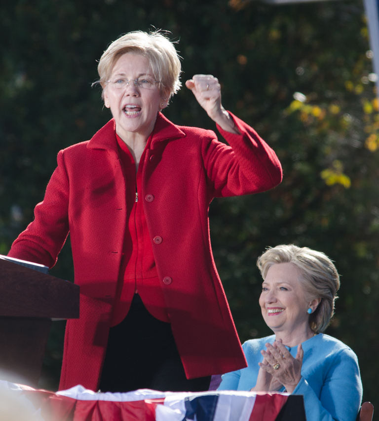 Massachusetts+Senator+Elizabeth+Warren+officially+announced+she+was+running+for+president.