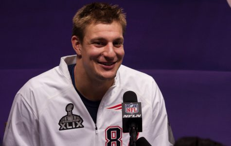 Should Rob Gronkowski retire?
