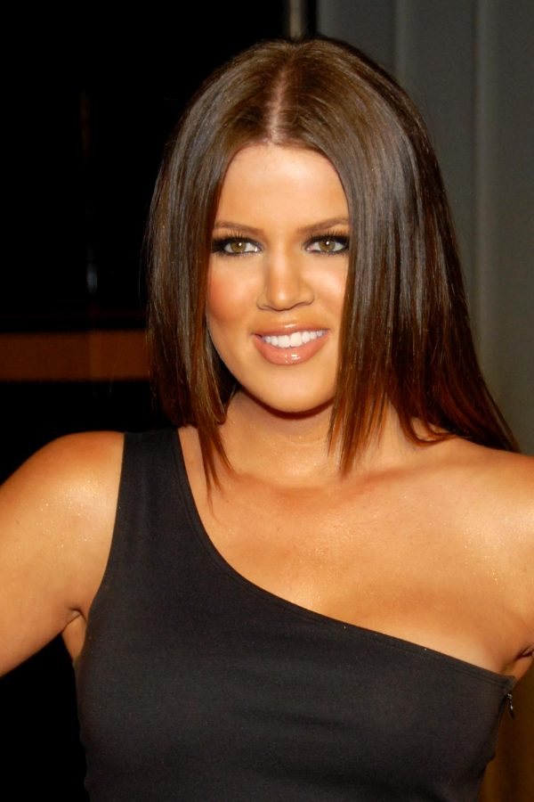 Khloe+Kardashian%2C+beams+at+paparazzi+during+the+debut+of+her+makeup+line%2C+Becca+x+Khloe.