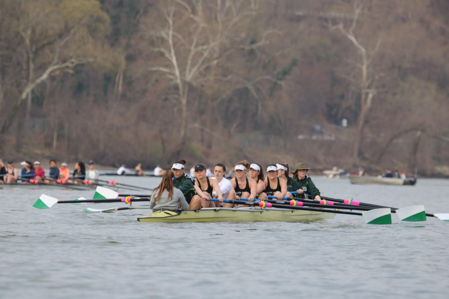 Members+of+WJ%E2%80%99s+Crew+team+row+across+the+Potomac+river+while+competing+in+a+scrimmage+against+Washington+and+Lee.+The+crew+team+competes+in+regattas+and+scrimmages+both+in+and+out+of+state+during+the+season.+