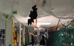 WJ students create spooky Halloween hallways