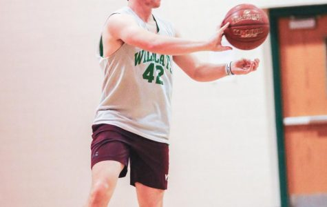 Boys' basketball's past prosperity guides bright future