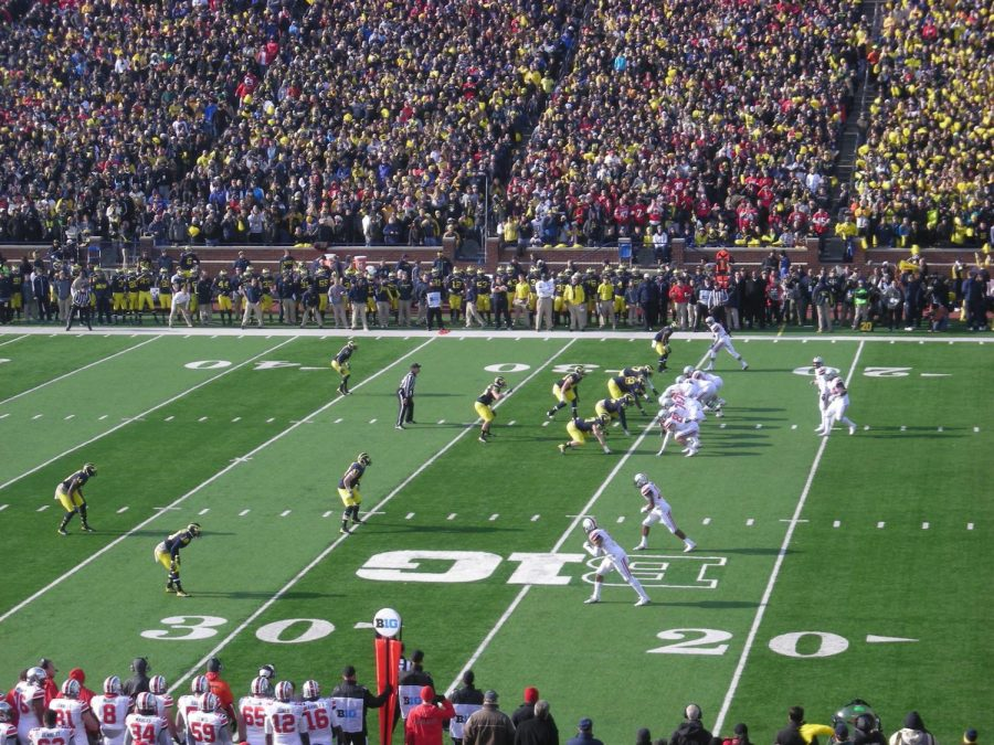 Ohio State clashes with their bitter rival Michigan. The last time Michigan beat Ohio State was 2011, the Wolverines are looking for revenge this year.