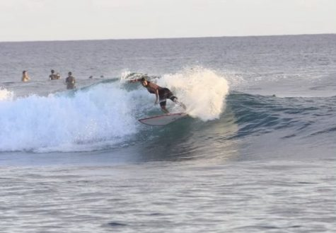 Before moving to Maryland, junior Karen Howell lived and grew up on the beaches of Hawaii. Due to spending most of her time on the waves and the abundance of time on her hands, she finally had time to begin surfing again with her friends.