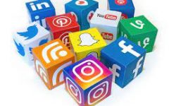 Many students have social media.  Here are a few reasons to take a pause on the apps.