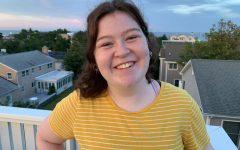 Senior Elana Renbaum